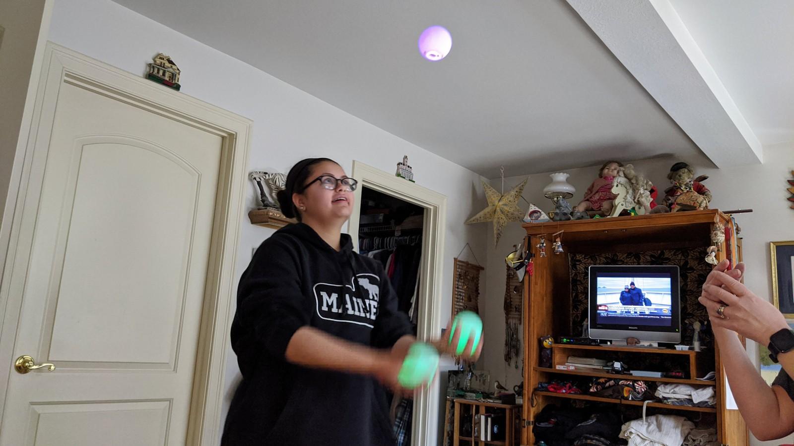 juggling Anura Guruge Google Pixel 4